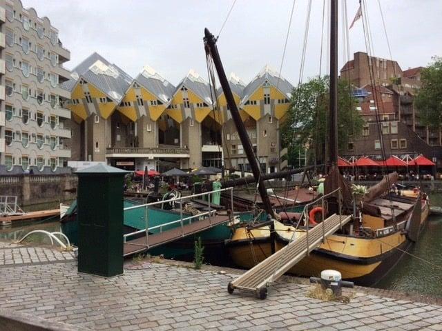 Rotterdam architecture and boats